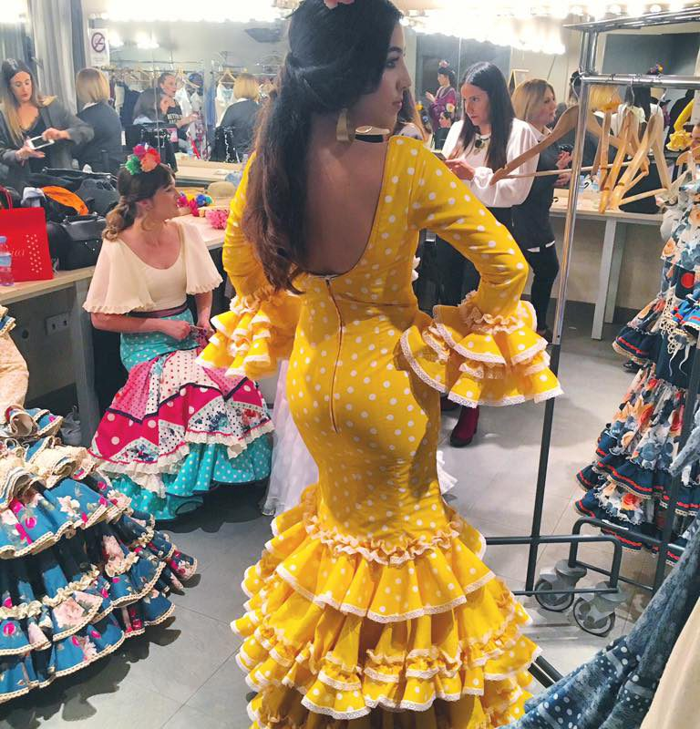Invierno primavera 19 – Otras actividades de carácter artístico – Desfile moda flamenca Mariar