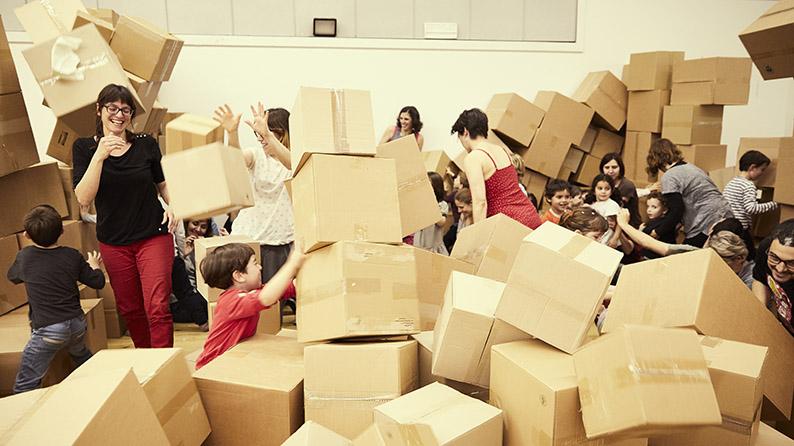 """FTE19 01/06/19 CreaMoviment """"Un mundo de cartón"""""""