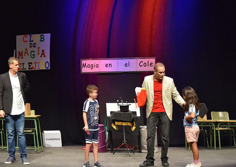 """Teatro escolar: Club de magia """"Magia en el cole"""""""